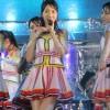 AKB48 雨の中、ズブぬれ全力パフォーマンス 犯人はゆきりん? 「2016神宮外苑花火大会」