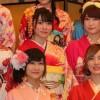 """吉田朱里、須藤凜々花らが""""成人""""の意気込み AKB48グループ32人が振り袖姿で華やかに成人式 AKB48グループ2017年新成人メンバー成人式記念撮影会2"""